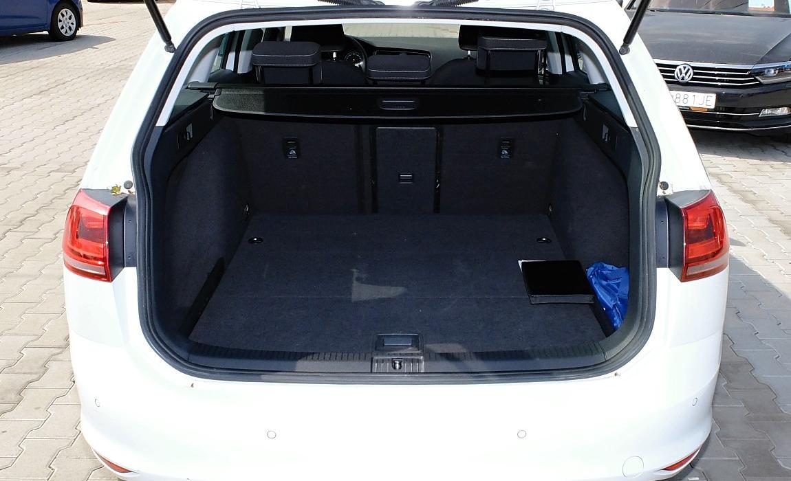 VW Golf Variant 2.0 Tdi Dpf 110kw Highline Variant 9
