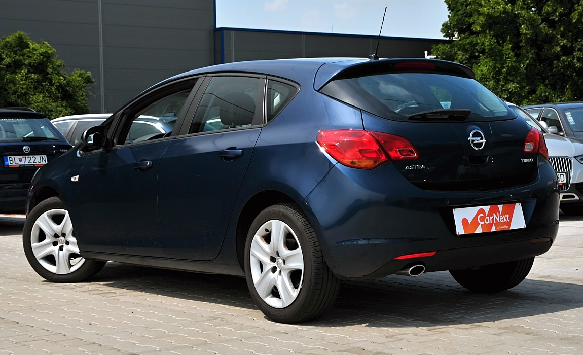 Opel Astra 1.4 Turbo 103kw Enjoy 2