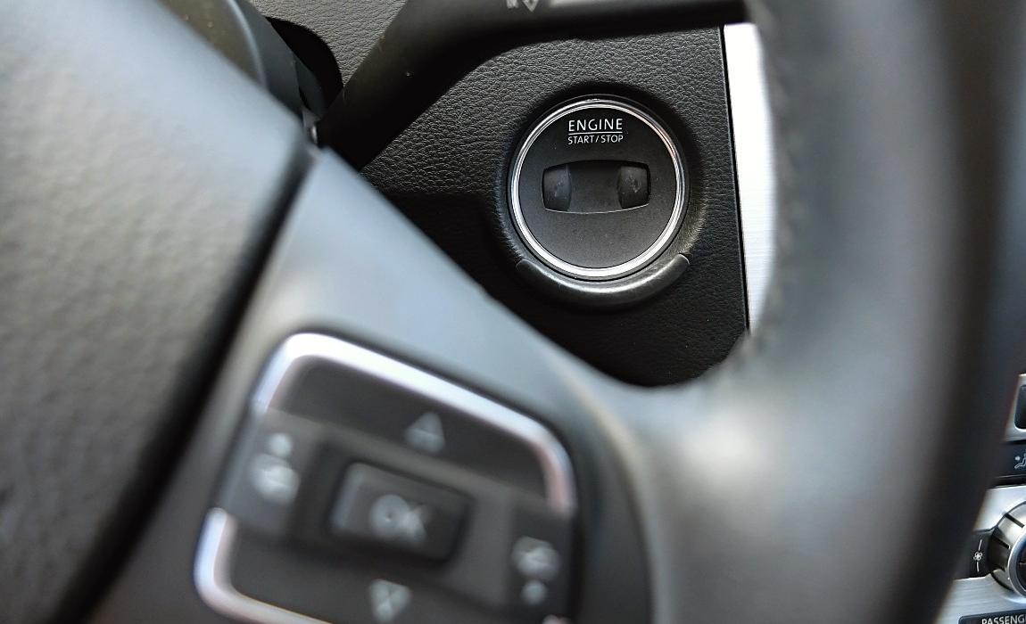 VW CC 2.0 Tdi 130kw Bm Technology 10