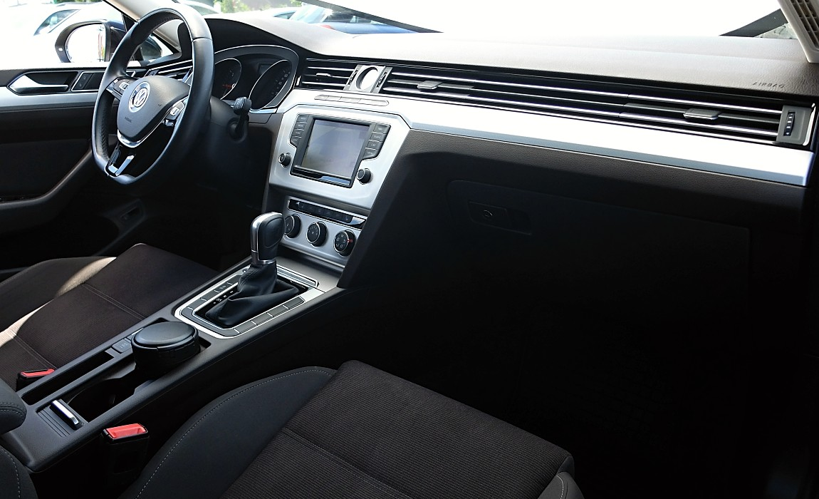 VW Passat 2.0 Tdi 110kw Dsg Comfortline Bmt 5