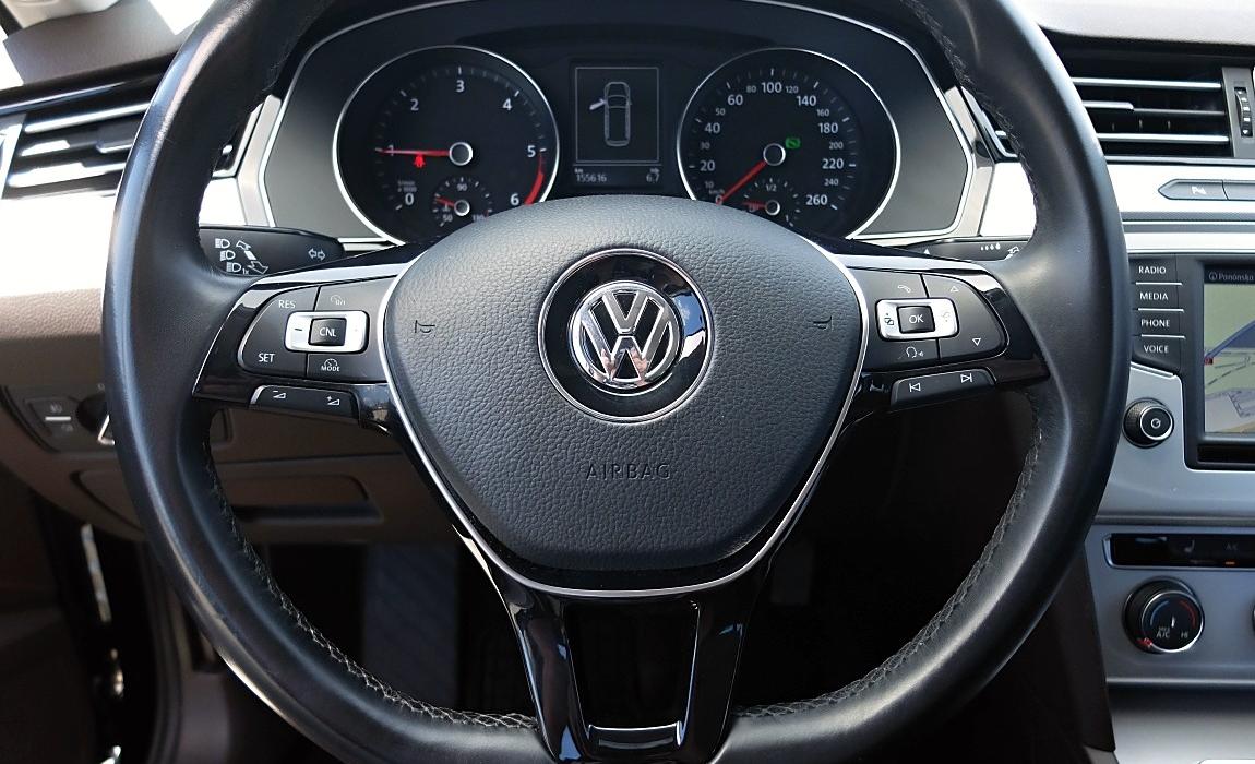 VW Passat 2.0 Tdi 110kw Dsg Comfortline Bmt 8