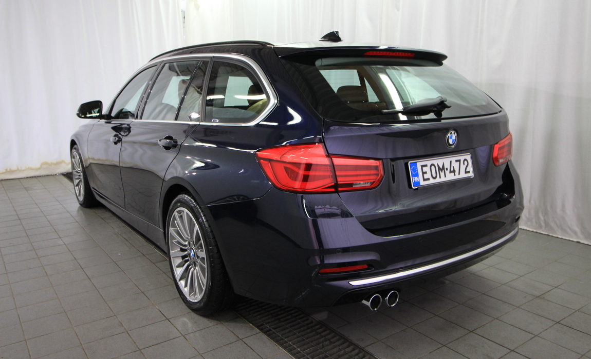 bmw 3 Touring 330i A Xdrive Busin Exclus Edit Luxury 2