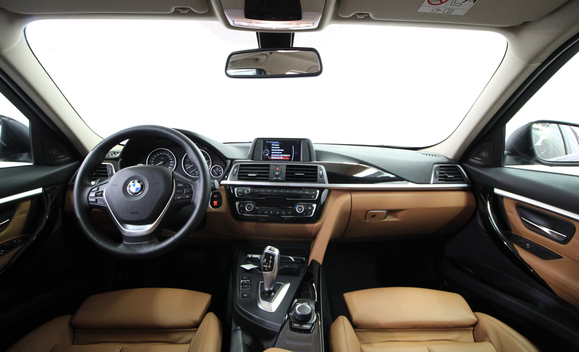 bmw 3 Touring 330i A Xdrive Busin Exclus Edit Luxury 3