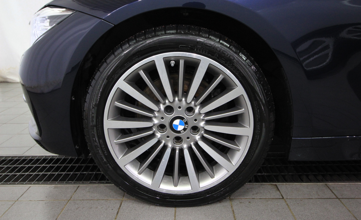 bmw 3 Touring 330i A Xdrive Busin Exclus Edit Luxury 8
