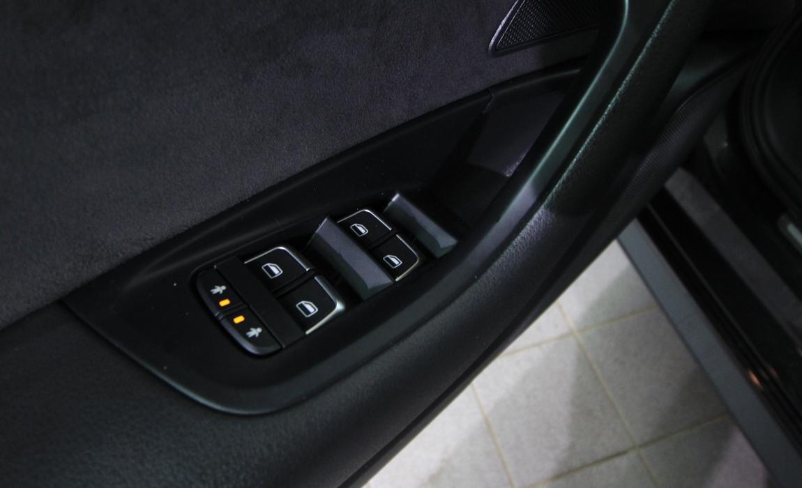 audi A6 Avant Loqe 2,0 TDI 140kw Quattro S Tronic 17
