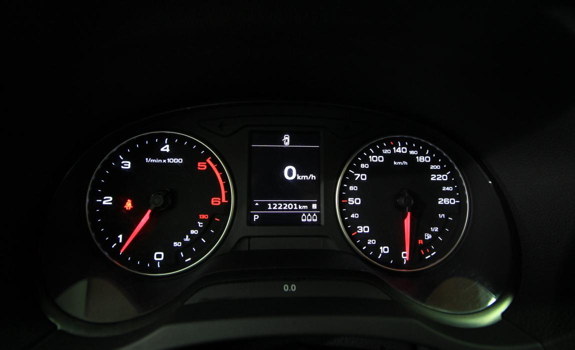 audi A3 Sedan 1.6 Tdi 77 Kw Business S Tronic 10